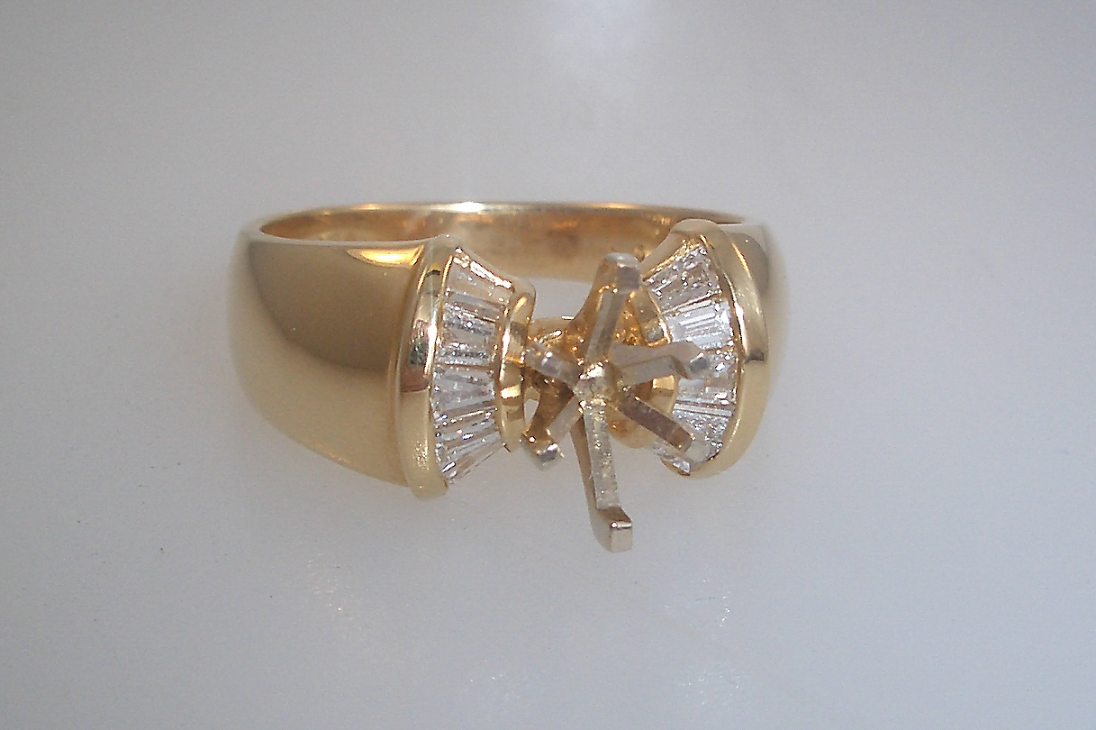 14k Yellow Gold Baguette Marquise Mounting