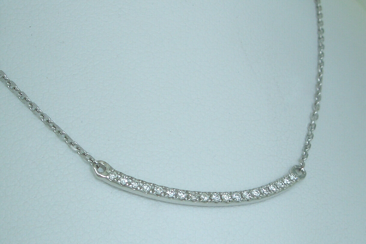 Diamond_Bar_Necklace