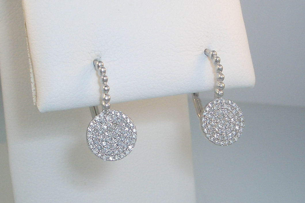 Diamond Disc Leverbacks