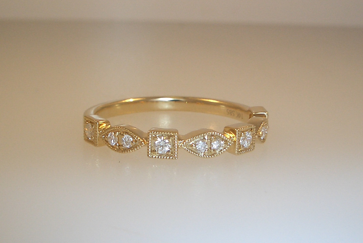 14k Yellow Gold Art Deco Wedding Band